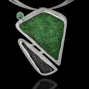 Green Garnet Glory